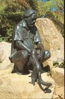 Durrell_statue